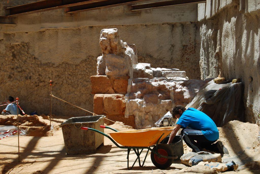 Excavación en yacimiento de Gadir - Juan Miguel Pajuelo